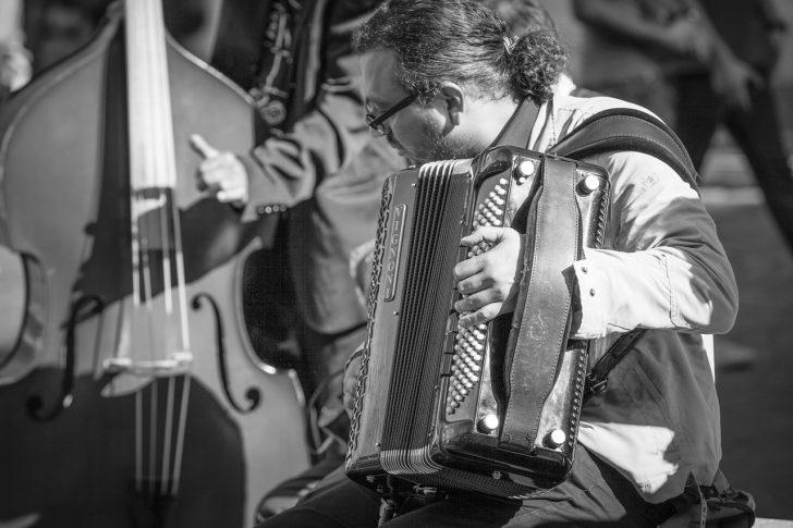 Famous Italian Songs – The Best of Italian Folk Music