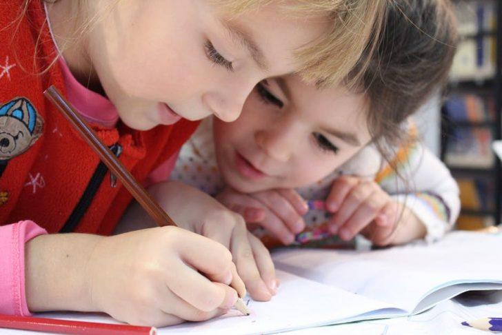 8 Reasons Why It's Important for Your Child to Learn a Second Language While They're Young