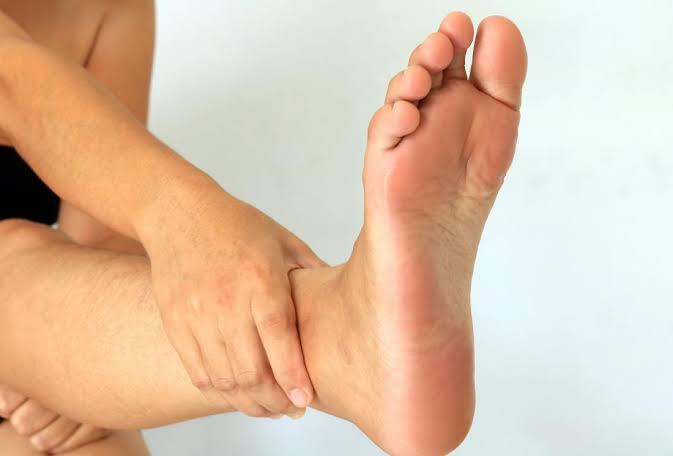 best home remedies to treat toenail fungus