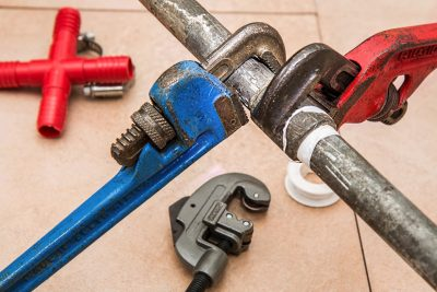 How to Stop a Leaking Pipe: The Complete Repair Guide