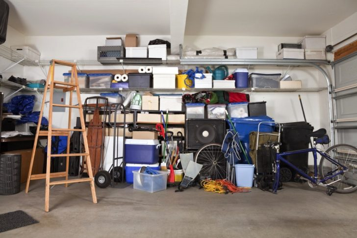 messy-garage