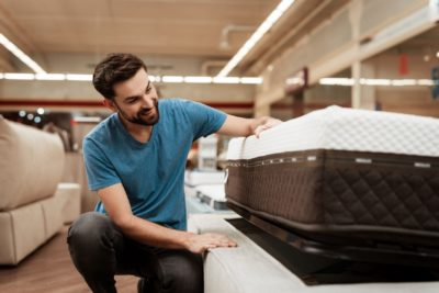 Mattress Guide: How To Find The Best Mattress For Heavy People