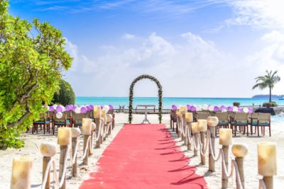 Great Destination Wedding Tips for Those Tying the Knot Abroad