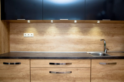 3 Key Benefits of Under Cabinet Lighting