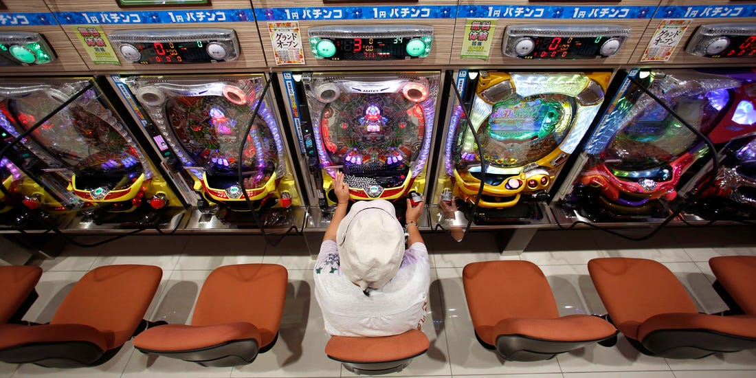 Make a Living Out of the Gambling Industry
