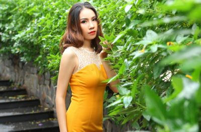 Date a Vietnamese woman on dating site and propose her for marriage