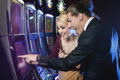 Explore and Enjoy the Amazing World of Online Slots