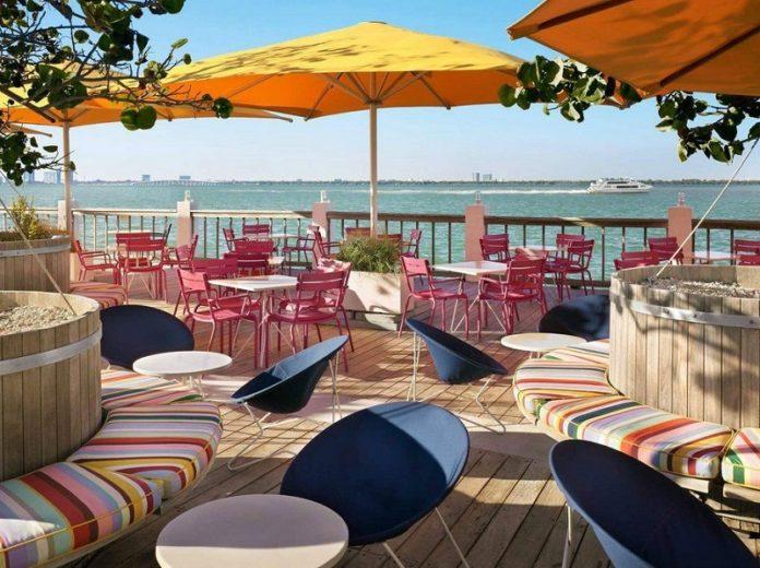 waterfront restaurants miami beach