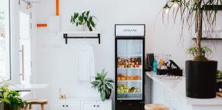 Defrost a Refrigerator