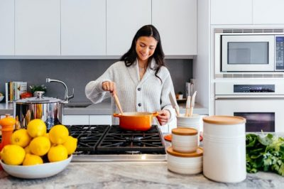 Food Safety: 6 Simple Hacks For Keeping Your Kitchen Hygienic