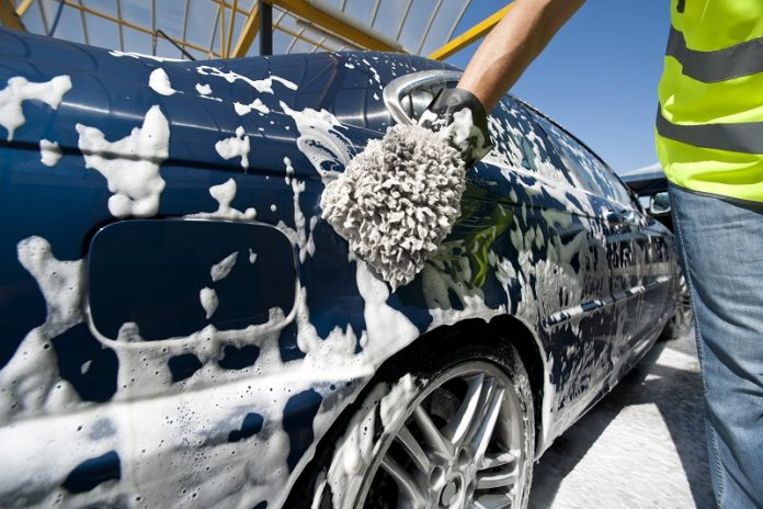 Your Car Clean without a Garage