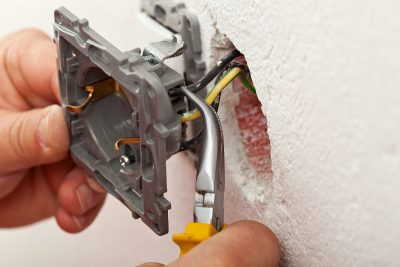 Hiring a Professional Electrician vs DIY: Key Factors to Consider