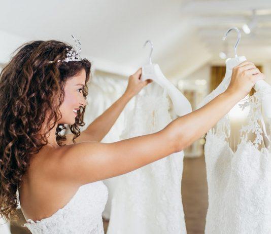 wedding dress alterations timeline