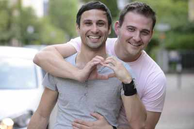 4 Dating Tips for Gay Men That Will Benefit Everybody