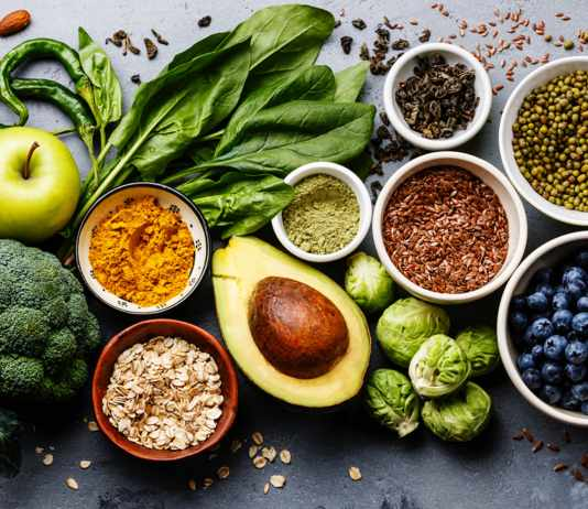 Lowering cholesterol with diet