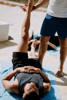 Improve core strength pilates