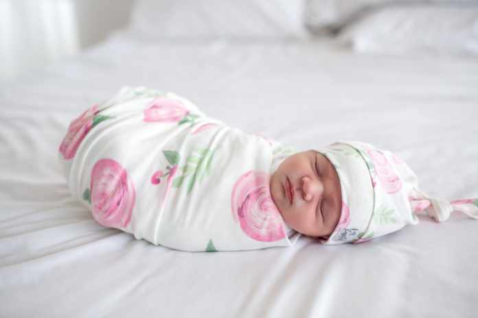 Reasons to Swaddle Your Baby
