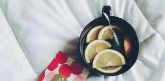 Top Benefits of Black Tea With Lemon and How to Brew?